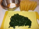 Spinatfüllung und leere Canneloni