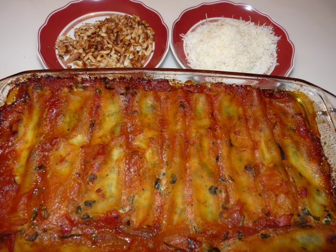 Fertiges Gericht Canneloni