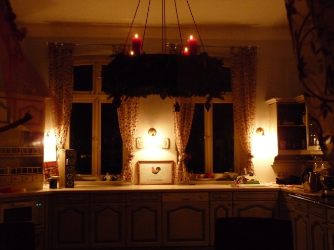 Küche mit Kranz