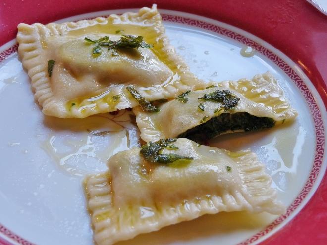 Ravioli auf Teller