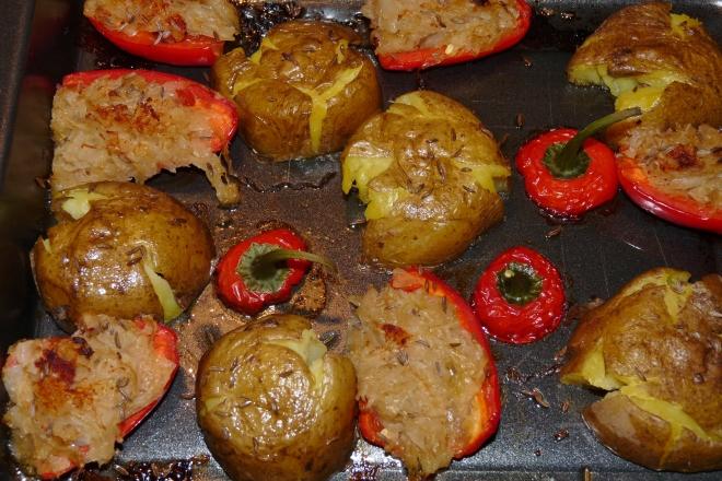 Blech mit Kartoffeln und Kraut