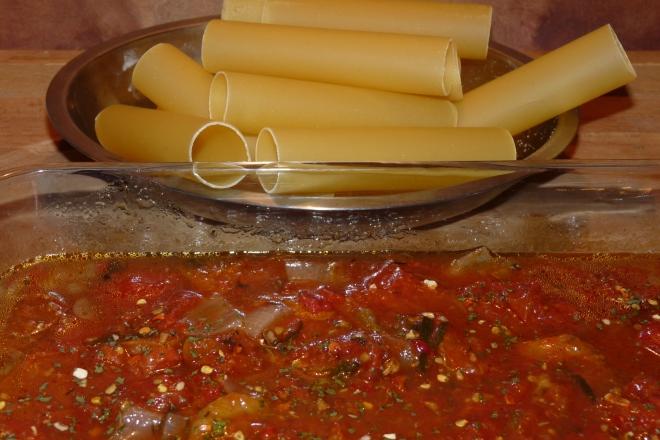 Sauce und Canneloni