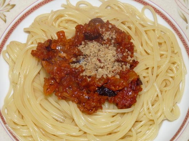 Spaghetti mit Sauce