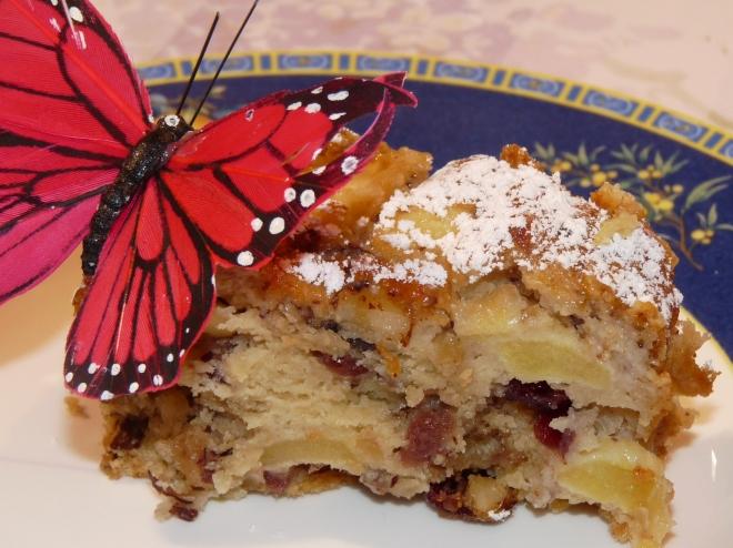 Kuchenstück mi t Schmetterling