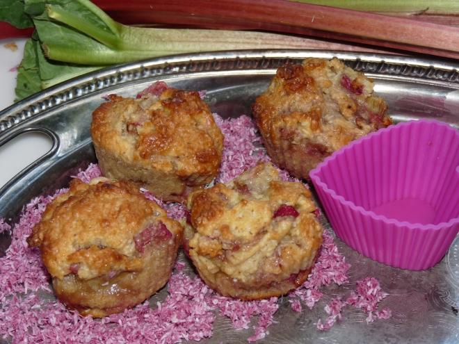 Muffins und Rhabarber