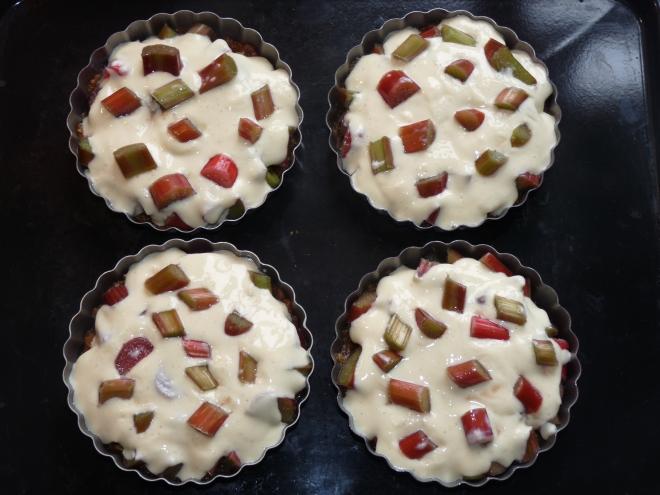 4 ungebackene Tartelettes