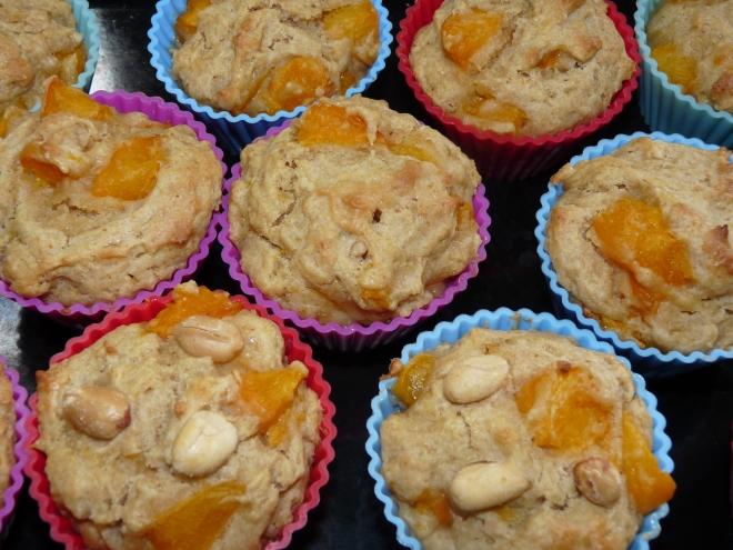 gebackenen Muffins in Förmchen
