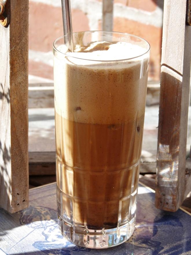 Eiskaffee  braun