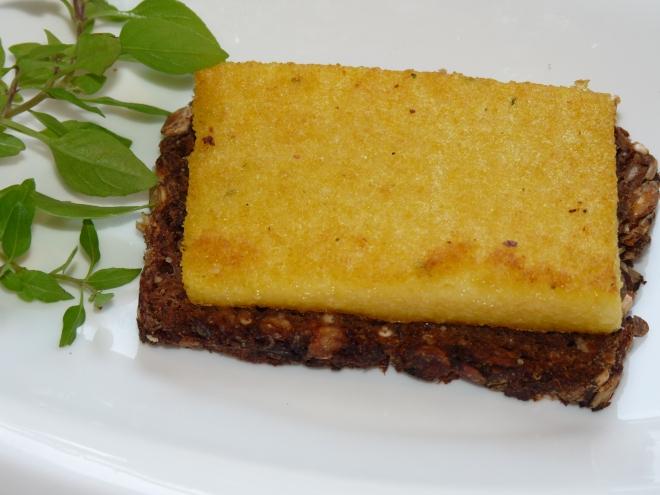 Brot mit Polenta