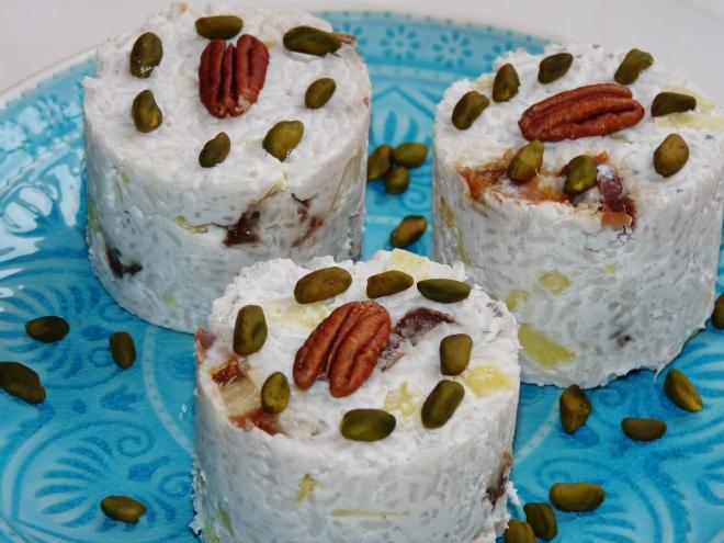3 ganze Reistörtchen