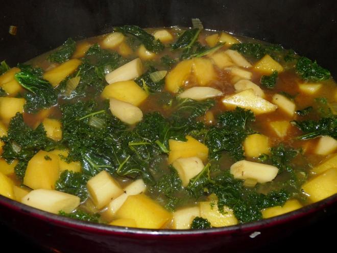 Suppe im Topf