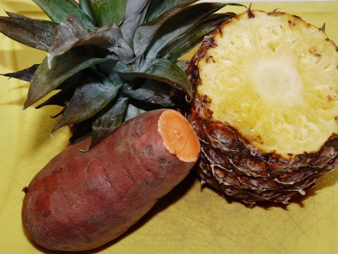 Ananas und Süßkartoffel