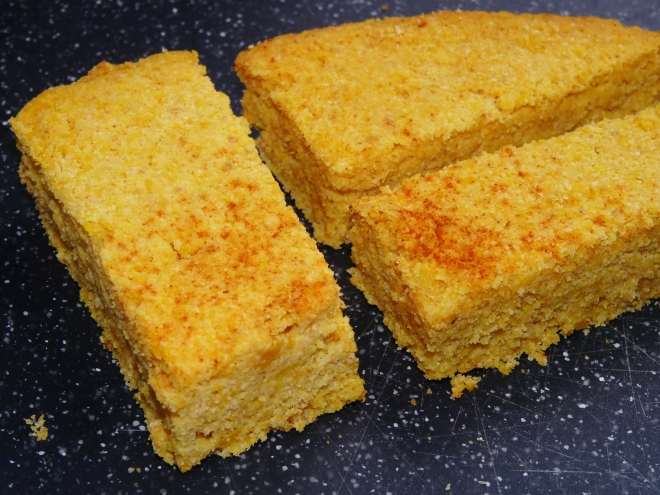 3 Stück Cornbread