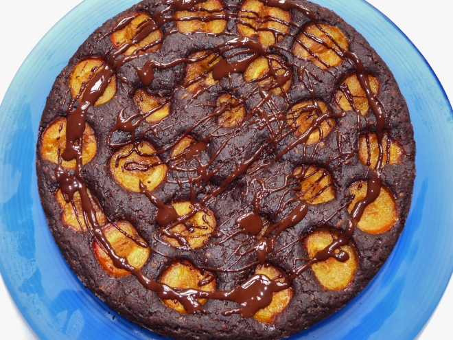 ganzer fertiger Kuchen